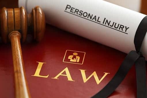 lawyers-1000803__3401