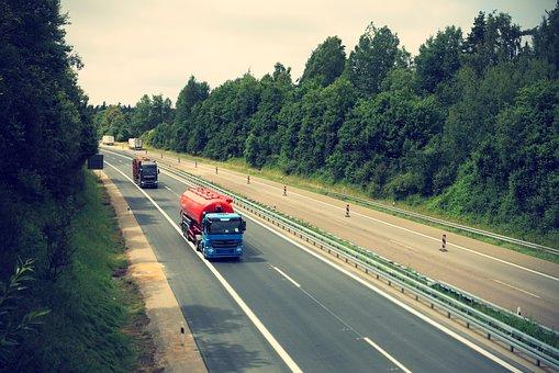 תאונת עבודה נהג משאית
